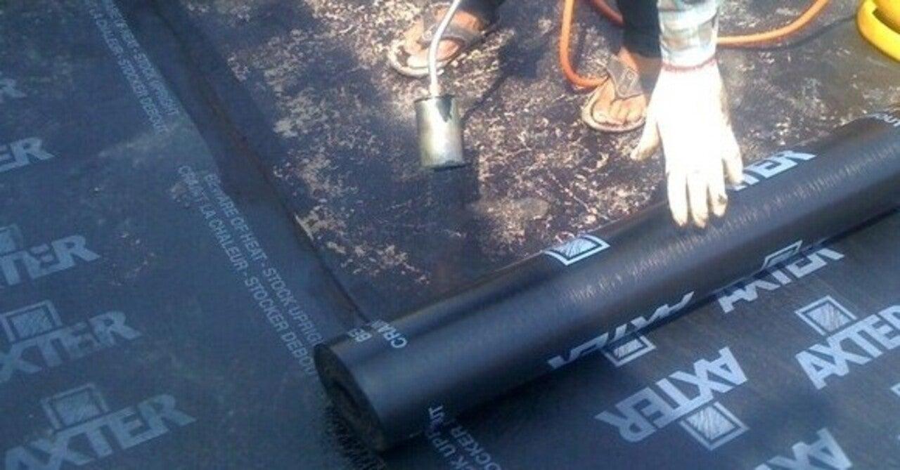 chống thấm sàn nhà vệ sinh bằng màng khò nóng bitum